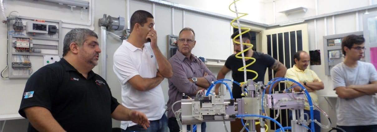 Cursos de Especialização em Controle e Automação Industrial